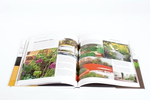 Boek kleine tuin grote idee n for Tuin renoveren tips