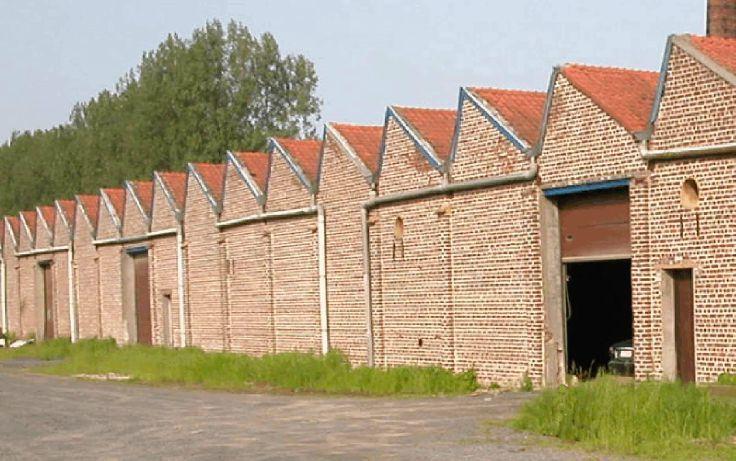Immeuble industriel tehuur te Renaixvoor 13.560 €- (2874174)