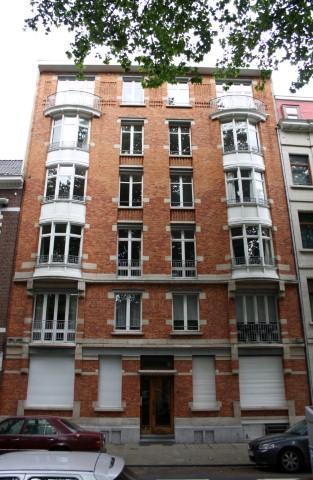 Rez-de-chaussée for salein Schaerbeek auprix de 325.000€ - (3829592)