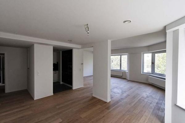 Appartement de 2façades à louerà Ixelles auprix de 1.300€ - (3922871)