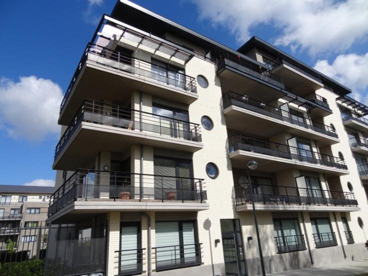 Appartement à louerà Woluwe-St-Lambert auprix de 1.300€ - (4190609)
