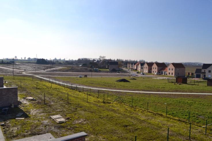 Terrain à bâtirde 4 façadesà vendre àAttre au prixde 85.000 €- (4274658)
