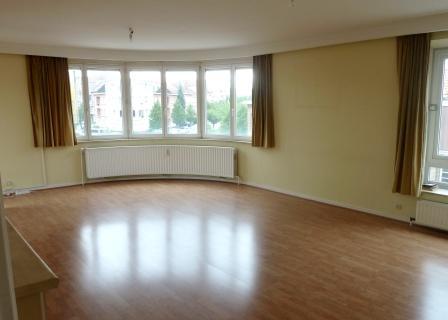Appartement te huurte Woluwe-St-Lambert voor950 € -(4478583)