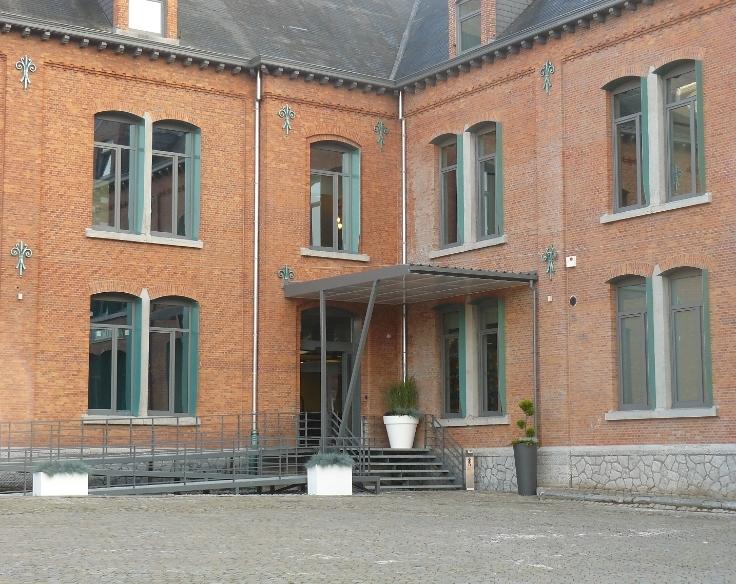 Bureaux à louerà Charleroi auprix de 2.592€ - (4761024)