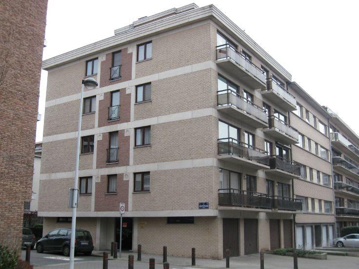 Appartement de 3façades à louerà Jette auprix de 900€ - (4766357)