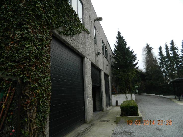 Emplacement extérieur àlouer à Charleroiau prix de180 € -(4876220)