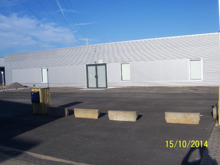 Industrieel gebouw with3 frontages forrent in Halenau prix de4.740 € -(4893987)