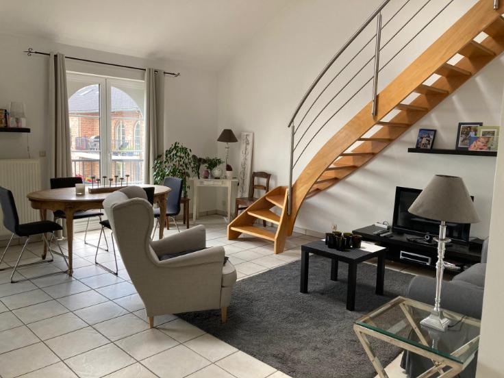 Duplex de 2façades à louerà Beaufays auprix de 900€ - (5015336)