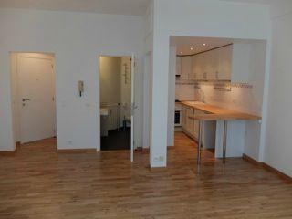 Flat/Studio van 1gevel te huurte Uccle voor625 € -(5025021)