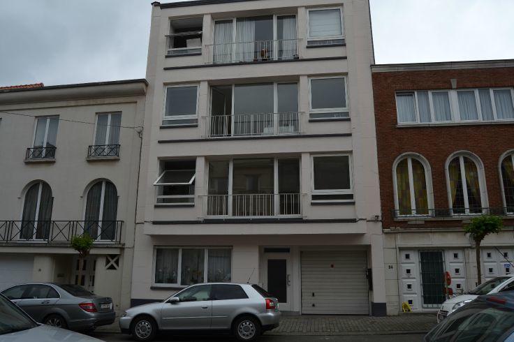 Appartement van 2gevels te huurte Uccle voor1.295 € -(5055535)