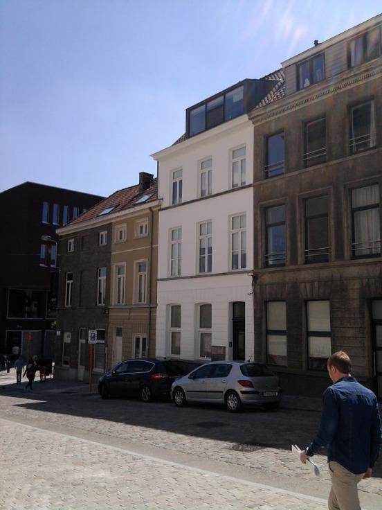 Appartement de 2façades à louerà Gand auprix de 995€ - (5112701)