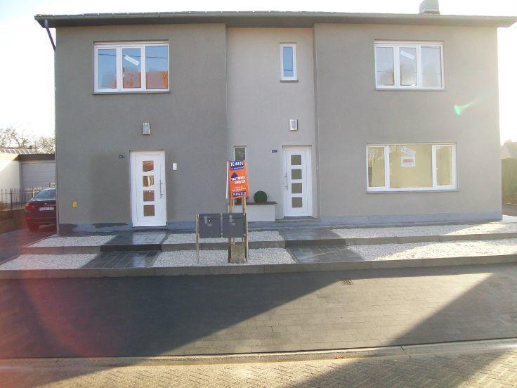 Appartement de 4façades à louerà Mol auprix de 675€ - (5120260)