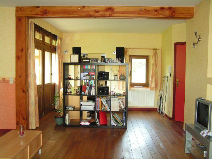 Rez-de-chaussée with 4frontages for rentin Jambes auprix de 690€ - (5132510)