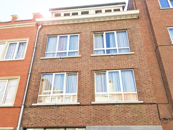Appartement de 2façades à louerà Etterbeek auprix de 800€ - (5147115)
