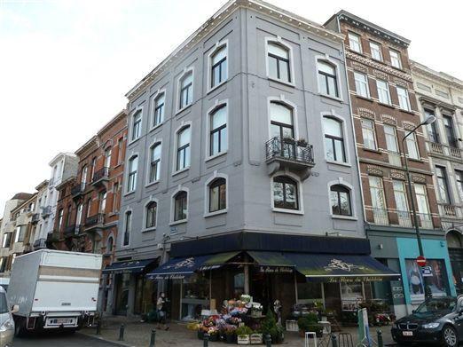 Appartement de 2façades à louerà Ixelles auprix de 1.050€ - (5188823)