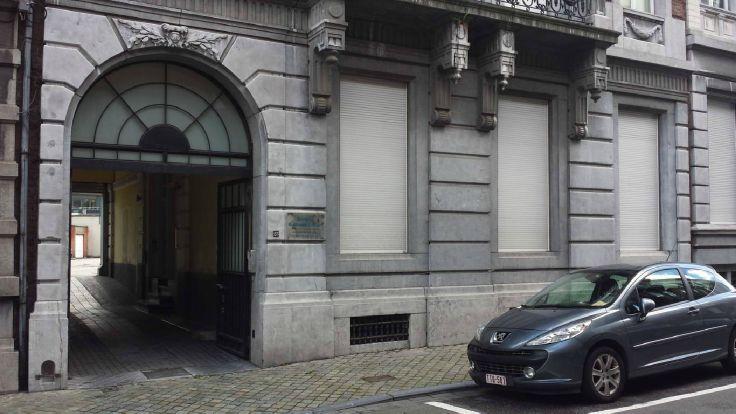 Immeuble de bureauxde 3 façadesà louer àLiège au prixde 4.500 €- (5207682)