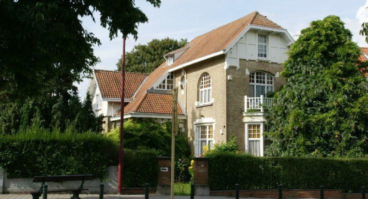 Villa de 4façades à vendreà Berchem-Ste-Agathe auprix de 485.000€ - (5301376)