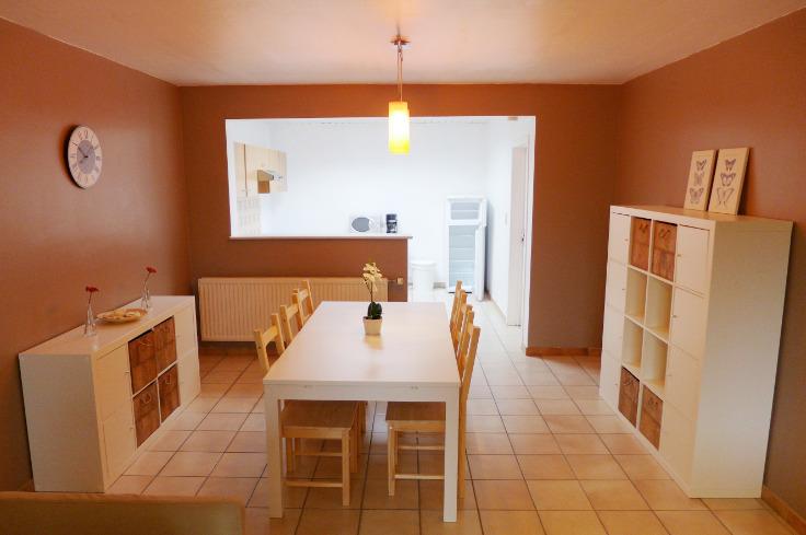 Appartement de 3façades à louerà Manage auprix de 570€ - (5382504)