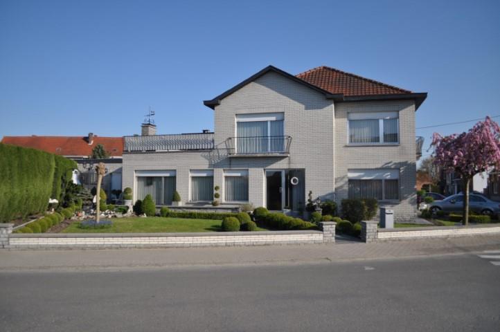 Maison van 4gevels te koopte Lebbeke voor260.000 € -(5446810)