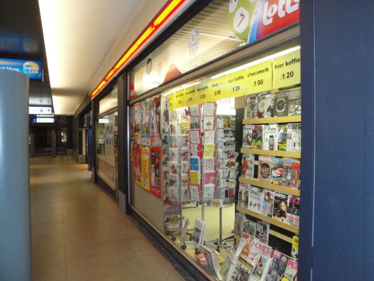 Commerce de 2façades à louerà Anvers auprix de 17.160€ - (5454608)