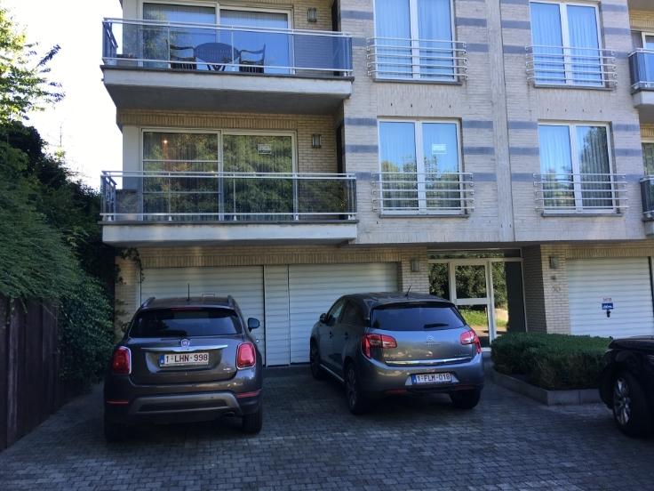 Rez-de-chaussée van 3gevels te huurte St-Pieters-Leeuw voor1.200 € -(5468292)
