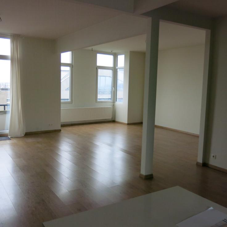 Appartement for rentin Anvers 1au prix de950 € -(5483981)