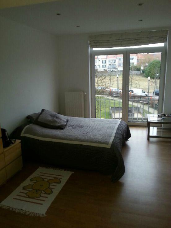 Appartement de 2façades à louerà Berchem-Ste-Agathe auprix de 650€ - (5564860)