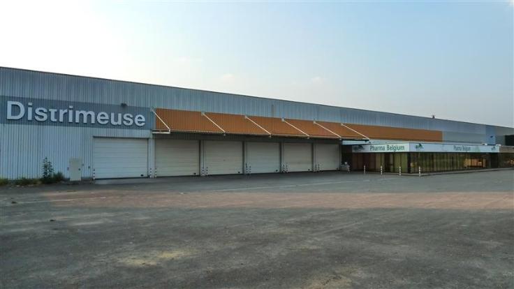 Industrieel gebouw tehuur te Grace-Hollognevoor 91.000 €- (5598805)