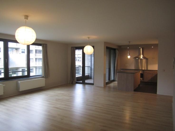 Appartement van 2gevels te huurte Berchem voor1.130 € -(5601316)