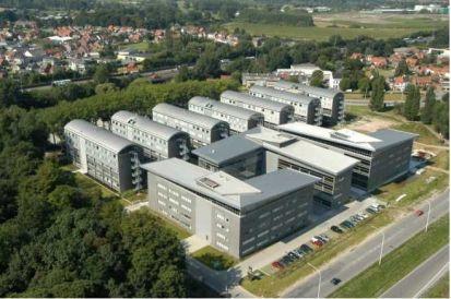 Bureaux te huurte Merelbeke voor24.750 € -(5622918)