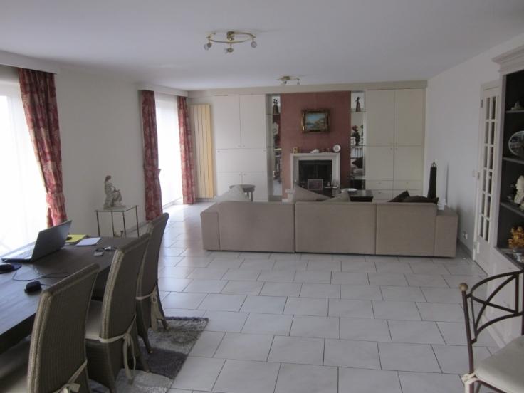 Appartement de 3façades à louerà Evere auprix de 1.150€ - (5632850)