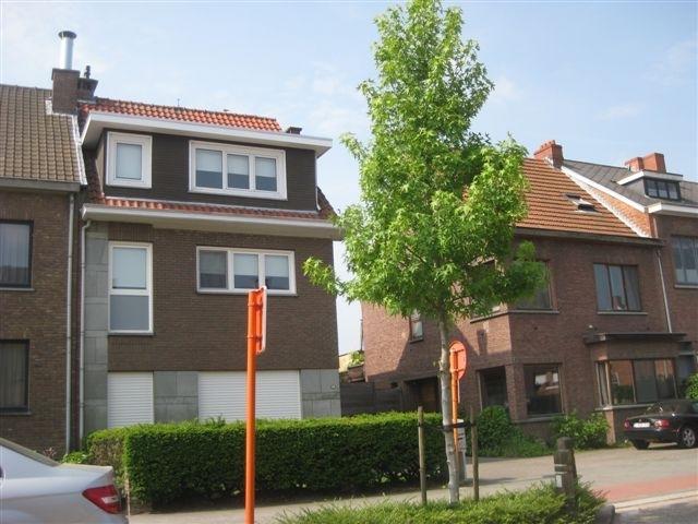 Appartement van 3gevels te huurte Aartselaar voor720 € -(5645325)