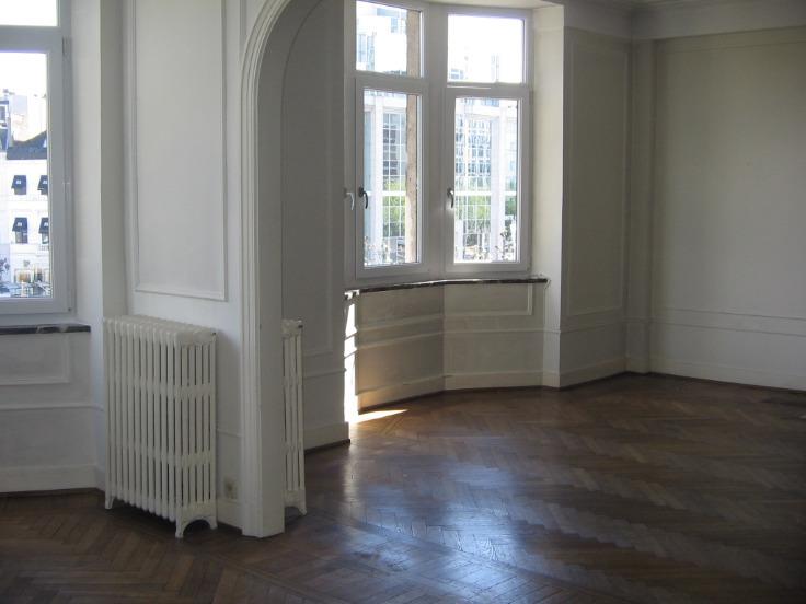 Appartement de 2façades à louerà Bruxelles villeau prix de950 € -(5694113)