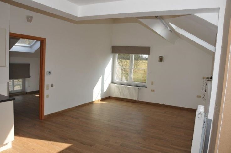 Appartement de 3façades à louerà Ham-sur-Heure auprix de 600€ - (5696105)