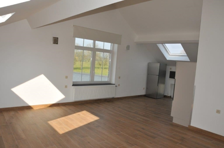 Appartement van 3gevels te huurte Ham-sur-Heure voor650 € -(5696132)