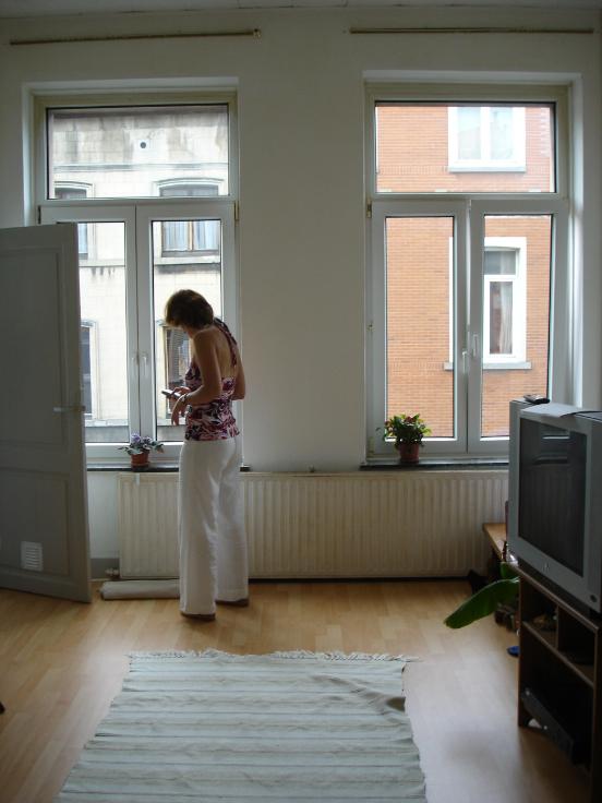 Appartement de 2façades à louerà St-Gilles auprix de 580€ - (5701203)