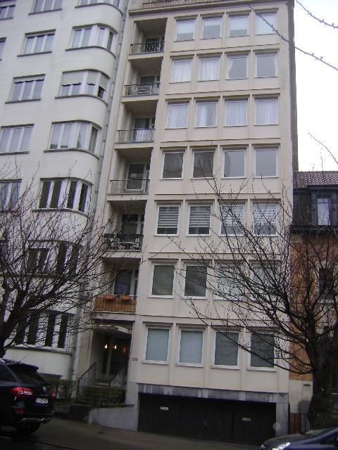 Appartement van 3gevels te huurte Woluwe-St-Lambert voor745 € -(5716768)
