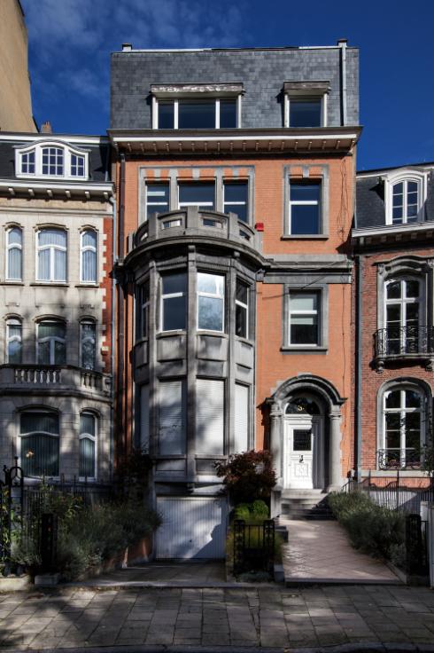 Immeuble de bureauxde 2 façadesà louer àWoluwe-St-Lambert au prixde 90.000 €- (5718911)