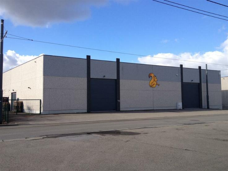 Entrepôt à louerà Gosselies auprix de 36.000€ - (5775844)