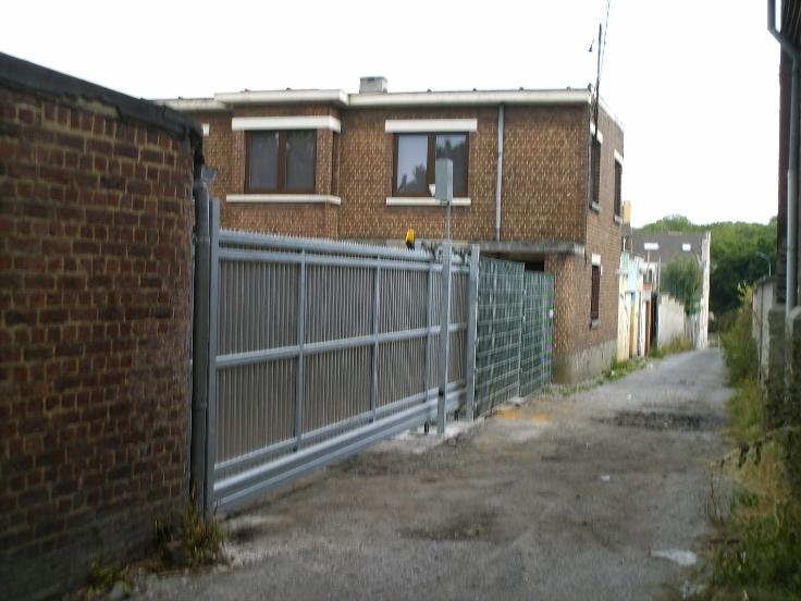 Garages s curis s immoweb ref 5873659 for Garage a louer box ferme