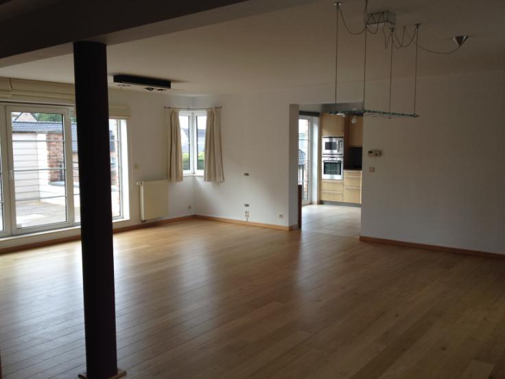 Appartement van 4gevels te huurte Beaufays voor1.000 € -(5875113)