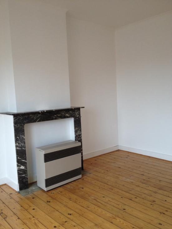 Appartement de 2façades à louerà Forest auprix de 510€ - (5878938)