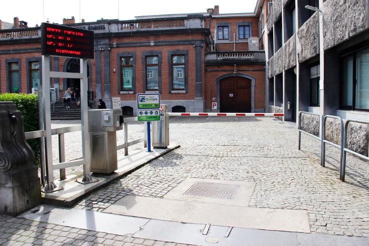 Emplacement extérieur àlouer à Namurau prix de35 € -(5899166)