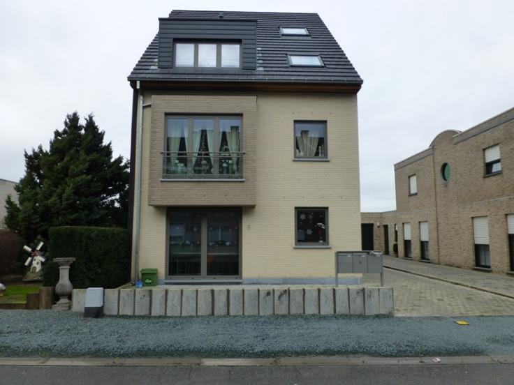 Appartement de 3façades à louerà Erembodegem auprix de 660€ - (5929609)