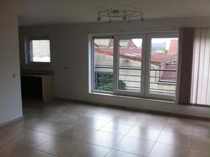 Appartement de 2façades à louerà Marche-lez-Ecaussinnes auprix de 700€ - (5930188)