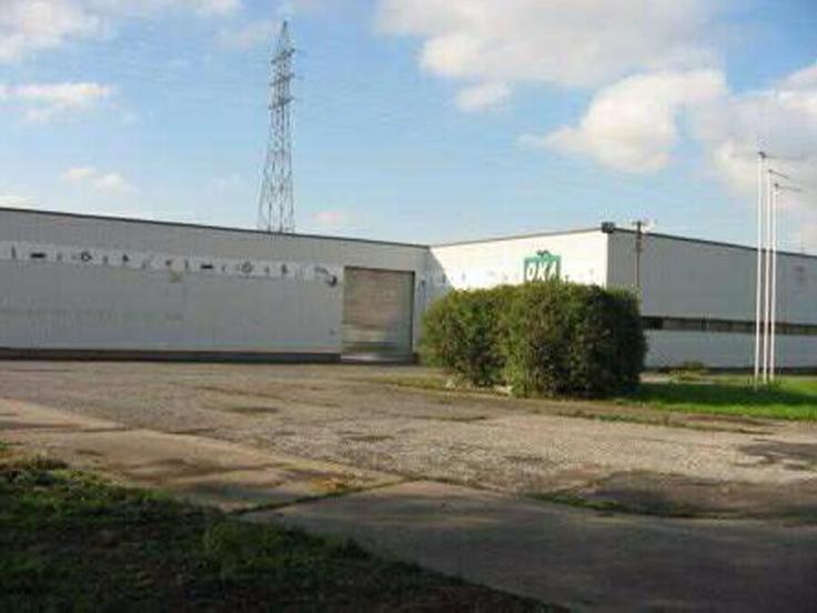 Immeuble industriel àlouer à LaLouviere au prixde 31.500 €- (5959213)