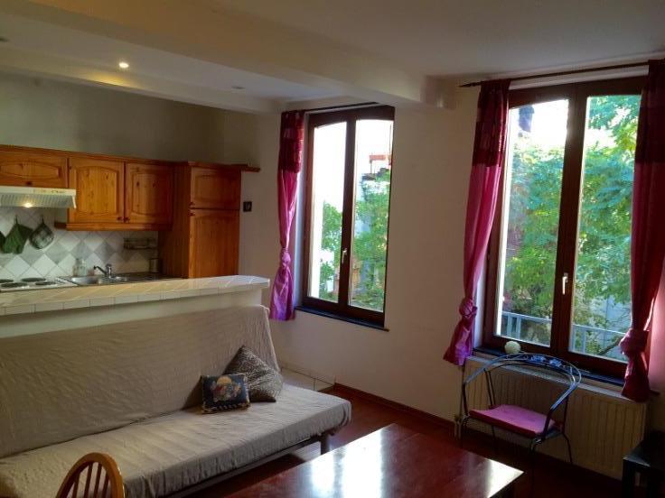 Appartement de 2façades à louerà Etterbeek auprix de 650€ - (5964028)