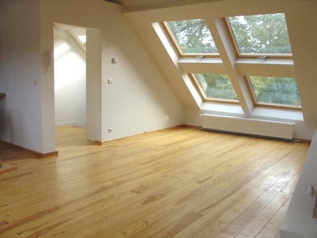 Appartement de 2façades à louerà Rhode-St-Genèse auprix de 685€ - (5986435)