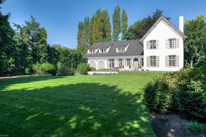 Villa de 4façades à vendreà Anvers 2au prix de1.380.000 € -(6007870)