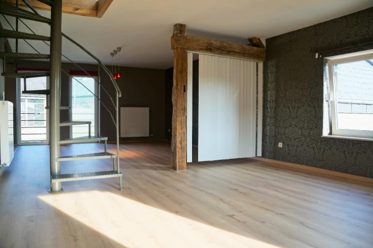 Duplex de 3façades à louerà Somme-Leuze auprix de 575€ - (6010648)